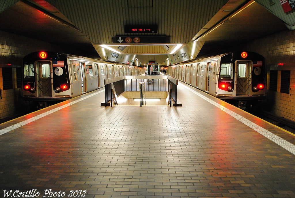 (351k, 1024x687)<br><b>Country:</b> United States<br><b>City:</b> New York<br><b>System:</b> New York City Transit<br><b>Line:</b> IND Queens Boulevard Line<br><b>Location:</b> Jamaica Center/Parsons-Archer <br><b>Route:</b> M reroute<br><b>Car:</b> R-160A-1 (Alstom, 2005-2008, 4 car sets)   <br><b>Photo by:</b> Wilfredo Castillo<br><b>Date:</b> 11/4/2012<br><b>Viewed (this week/total):</b> 6 / 1649