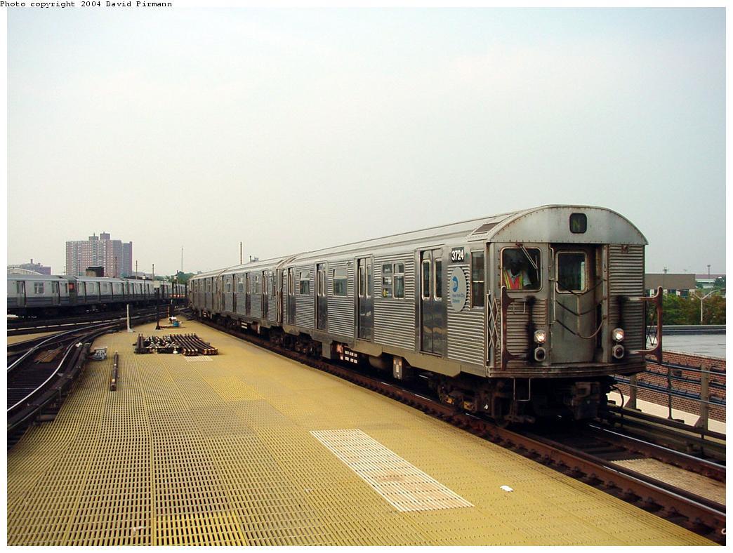 (133k, 1044x788)<br><b>Country:</b> United States<br><b>City:</b> New York<br><b>System:</b> New York City Transit<br><b>Location:</b> Coney Island/Stillwell Avenue<br><b>Route:</b> N<br><b>Car:</b> R-32 (Budd, 1964)  3724 <br><b>Photo by:</b> David Pirmann<br><b>Date:</b> 8/27/2000<br><b>Viewed (this week/total):</b> 1 / 4356