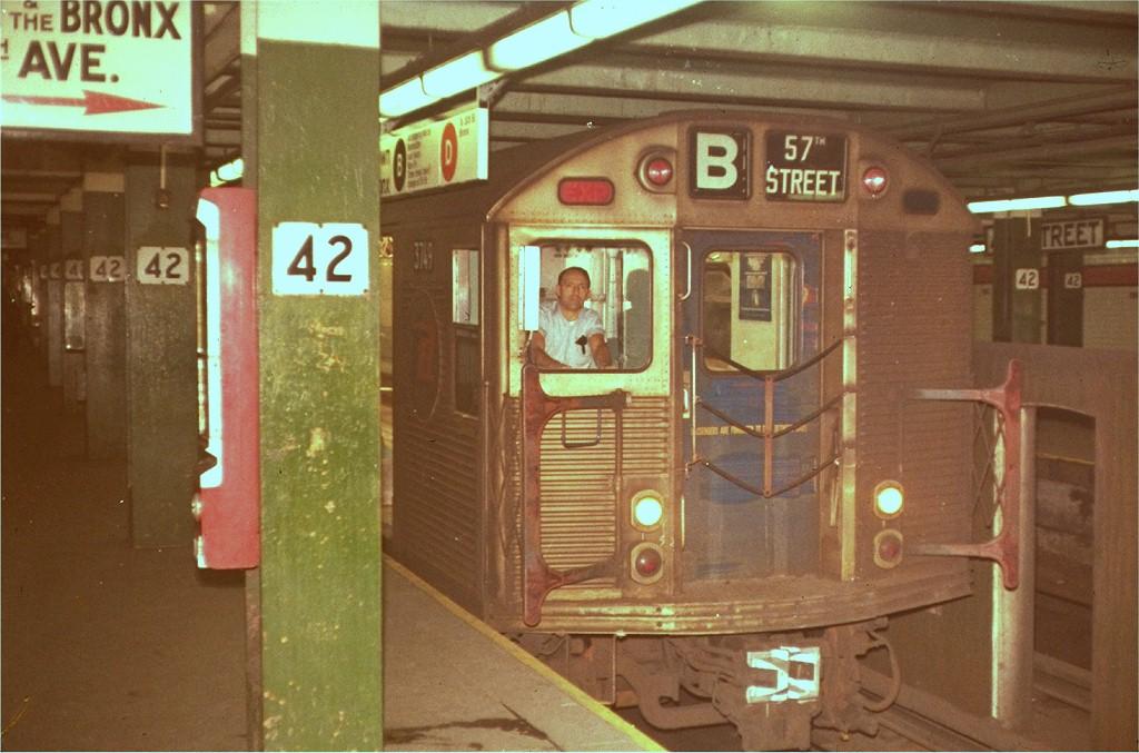 (184k, 1024x677)<br><b>Country:</b> United States<br><b>City:</b> New York<br><b>System:</b> New York City Transit<br><b>Line:</b> IND 6th Avenue Line<br><b>Location:</b> 42nd Street/Bryant Park <br><b>Route:</b> B<br><b>Car:</b> R-32 (Budd, 1964)  3749 <br><b>Collection of:</b> Joe Testagrose<br><b>Viewed (this week/total):</b> 2 / 4773