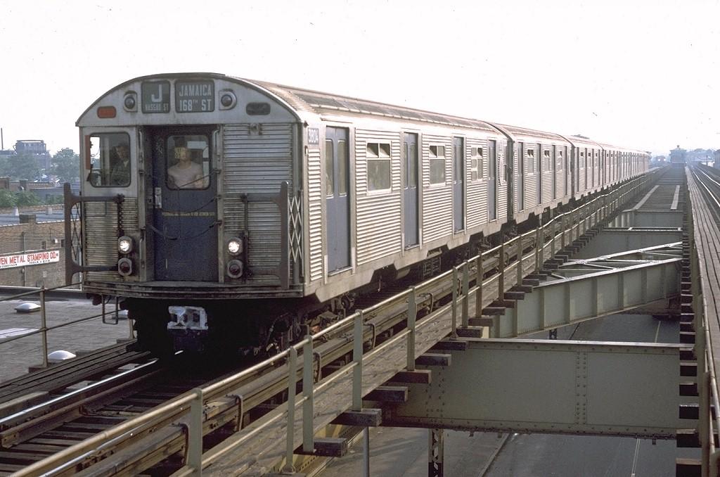 (187k, 1024x678)<br><b>Country:</b> United States<br><b>City:</b> New York<br><b>System:</b> New York City Transit<br><b>Line:</b> BMT Nassau Street/Jamaica Line<br><b>Location:</b> Crescent Street <br><b>Route:</b> QJ<br><b>Car:</b> R-32 (Budd, 1964)  3804 <br><b>Photo by:</b> Doug Grotjahn<br><b>Collection of:</b> Joe Testagrose<br><b>Date:</b> 8/1/1972<br><b>Viewed (this week/total):</b> 0 / 5397