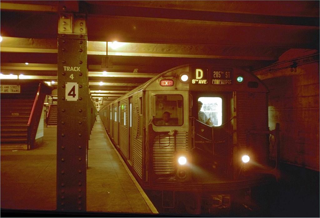 (176k, 1024x699)<br><b>Country:</b> United States<br><b>City:</b> New York<br><b>System:</b> New York City Transit<br><b>Line:</b> IND 6th Avenue Line<br><b>Location:</b> West 4th Street/Washington Square <br><b>Route:</b> D<br><b>Car:</b> R-32 (Budd, 1964)  3888 <br><b>Photo by:</b> Doug Grotjahn<br><b>Collection of:</b> Joe Testagrose<br><b>Date:</b> 10/1/1968<br><b>Viewed (this week/total):</b> 1 / 4966
