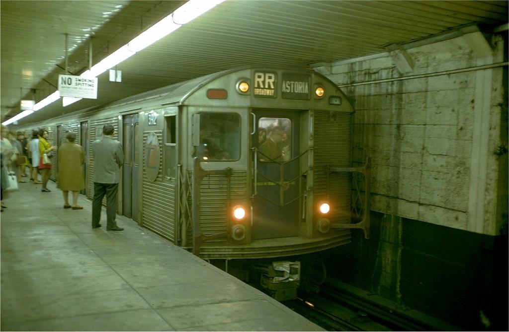 (155k, 1024x669)<br><b>Country:</b> United States<br><b>City:</b> New York<br><b>System:</b> New York City Transit<br><b>Location:</b> DeKalb Avenue<br><b>Route:</b> RR<br><b>Car:</b> R-32 (Budd, 1964)  3912 <br><b>Photo by:</b> Doug Grotjahn<br><b>Collection of:</b> Joe Testagrose<br><b>Date:</b> 10/8/1968<br><b>Viewed (this week/total):</b> 1 / 4743