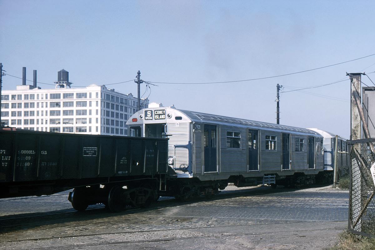 (341k, 1024x683)<br><b>Country:</b> United States<br><b>City:</b> New York<br><b>System:</b> New York City Transit<br><b>Line:</b> South Brooklyn Railway<br><b>Location:</b> SBK Yard (2nd Ave at 38th St.) (SBK)<br><b>Car:</b> R-32 (Budd, 1964)  3928 <br><b>Collection of:</b> David Pirmann<br><b>Date:</b> 8/28/1965<br><b>Notes:</b> South Brooklyn Rwy.<br><b>Viewed (this week/total):</b> 1 / 3464