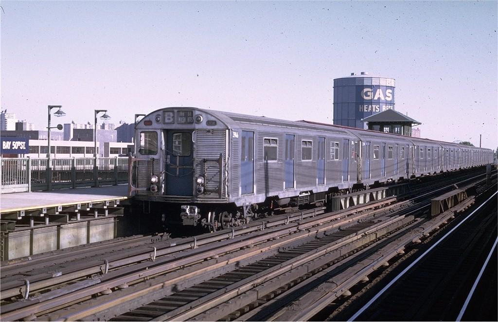 (202k, 1024x662)<br><b>Country:</b> United States<br><b>City:</b> New York<br><b>System:</b> New York City Transit<br><b>Line:</b> BMT West End Line<br><b>Location:</b> Bay 50th Street <br><b>Route:</b> B<br><b>Car:</b> R-32 (Budd, 1964)  3946 <br><b>Photo by:</b> Joe Testagrose<br><b>Date:</b> 8/21/1969<br><b>Viewed (this week/total):</b> 0 / 4256