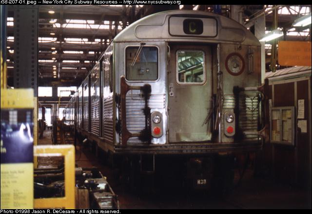 (122k, 640x440)<br><b>Country:</b> United States<br><b>City:</b> New York<br><b>System:</b> New York City Transit<br><b>Location:</b> 207th Street Shop<br><b>Car:</b> R-38 (St. Louis, 1966-1967)   <br><b>Photo by:</b> Jason R. DeCesare<br><b>Date:</b> 7/10/1998<br><b>Viewed (this week/total):</b> 0 / 3468