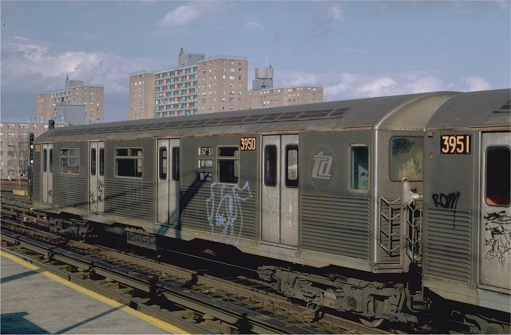 (190k, 1024x672)<br><b>Country:</b> United States<br><b>City:</b> New York<br><b>System:</b> New York City Transit<br><b>Line:</b> BMT West End Line<br><b>Location:</b> Bay 50th Street <br><b>Route:</b> B<br><b>Car:</b> R-38 (St. Louis, 1966-1967)  3950 <br><b>Photo by:</b> Steve Zabel<br><b>Collection of:</b> Joe Testagrose<br><b>Date:</b> 11/6/1981<br><b>Viewed (this week/total):</b> 3 / 5443