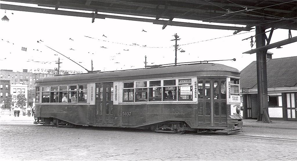 (198k, 1024x555)<br><b>Country:</b> United States<br><b>City:</b> New York<br><b>System:</b> Brooklyn & Queens Transit<br><b>Location:</b> Williamsburg Bridge Plaza<br><b>Car:</b> B&QT/BMT 5037 <br><b>Photo by:</b> Alfred Seibel Collection<br><b>Collection of:</b> Joe Testagrose<br><b>Date:</b> 6/11/1935<br><b>Viewed (this week/total):</b> 0 / 2062