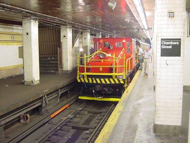 (59k, 640x480)<br><b>Country:</b> United States<br><b>City:</b> New York<br><b>System:</b> New York City Transit<br><b>Line:</b> BMT Nassau Street/Jamaica Line<br><b>Location:</b> Chambers Street <br><b>Route:</b> Fan Trip<br><b>Car:</b> SBK Steeplecab 6 <br><b>Photo by:</b> Salaam Allah<br><b>Date:</b> 9/22/2002<br><b>Viewed (this week/total):</b> 4 / 4763