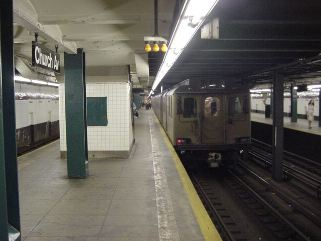 (60k, 640x480)<br><b>Country:</b> United States<br><b>City:</b> New York<br><b>System:</b> New York City Transit<br><b>Line:</b> IND Crosstown Line<br><b>Location:</b> Church Avenue <br><b>Route:</b> Fan Trip<br><b>Car:</b> BMT D-Type Triplex 6112 <br><b>Photo by:</b> Salaam Allah<br><b>Date:</b> 9/22/2002<br><b>Viewed (this week/total):</b> 2 / 3333