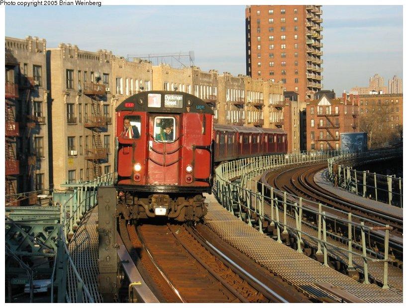 (148k, 820x620)<br><b>Country:</b> United States<br><b>City:</b> New York<br><b>System:</b> New York City Transit<br><b>Line:</b> IRT West Side Line<br><b>Location:</b> Dyckman Street <br><b>Route:</b> Fan Trip<br><b>Car:</b> R-33 World's Fair (St. Louis, 1963-64) 9309 <br><b>Photo by:</b> Brian Weinberg<br><b>Date:</b> 12/21/2003<br><b>Viewed (this week/total):</b> 9 / 3701