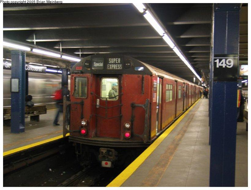 (88k, 820x620)<br><b>Country:</b> United States<br><b>City:</b> New York<br><b>System:</b> New York City Transit<br><b>Line:</b> IRT Woodlawn Line<br><b>Location:</b> 149th Street/Grand Concourse <br><b>Route:</b> Fan Trip<br><b>Car:</b> R-33 World's Fair (St. Louis, 1963-64) 9310 <br><b>Photo by:</b> Brian Weinberg<br><b>Date:</b> 12/21/2003<br><b>Viewed (this week/total):</b> 2 / 4291