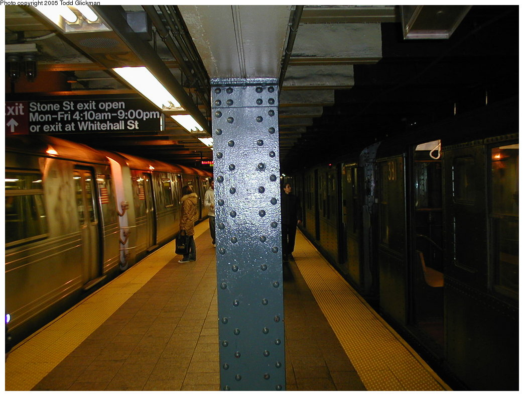 (174k, 1044x788)<br><b>Country:</b> United States<br><b>City:</b> New York<br><b>System:</b> New York City Transit<br><b>Line:</b> BMT Broadway Line<br><b>Location:</b> Whitehall Street <br><b>Route:</b> Fan Trip<br><b>Car:</b> R-1 (American Car & Foundry, 1930-1931) 381 <br><b>Photo by:</b> Todd Glickman<br><b>Date:</b> 11/27/2004<br><b>Notes:</b> Train in regular passenger service for the holidays, not techically a fan trip.<br><b>Viewed (this week/total):</b> 0 / 4478