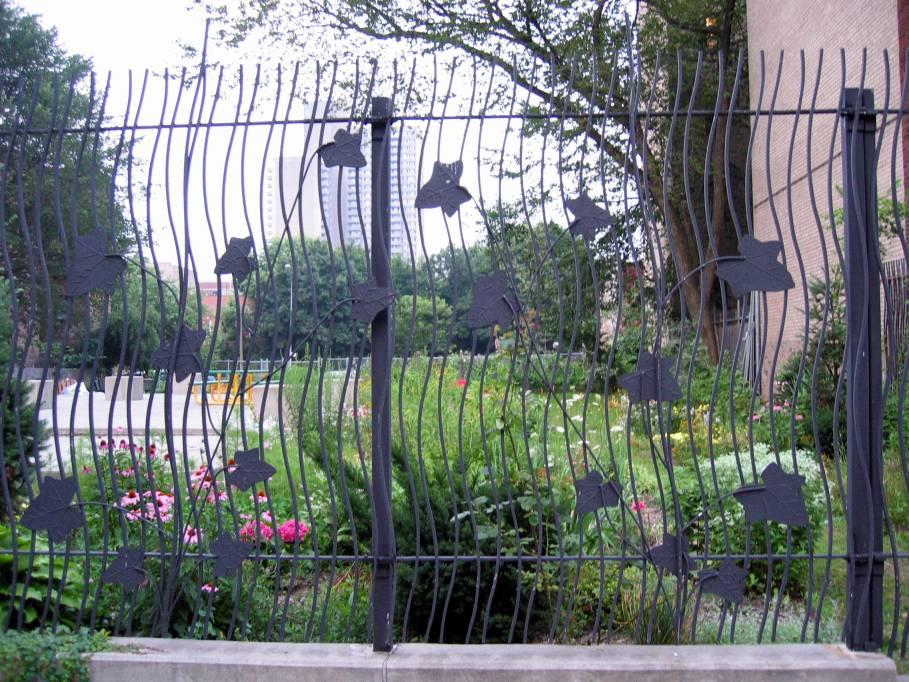 (148k, 909x682)<br><b>Country:</b> United States<br><b>City:</b> New York<br><b>System:</b> New York City Transit<br><b>Line:</b> BMT Franklin<br><b>Location:</b> Botanic Garden <br><b>Photo by:</b> Robbie Rosenfeld<br><b>Date:</b> 7/19/2005<br><b>Artwork:</b> <i>IL7/Square</i>, Millie Burns (1999).<br><b>Viewed (this week/total):</b> 2 / 3346