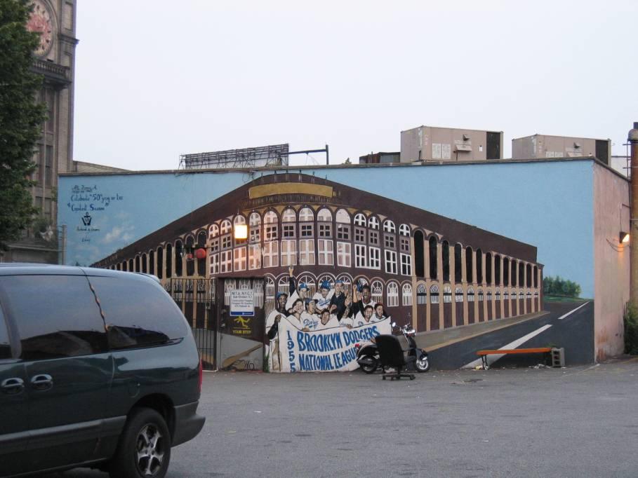 (74k, 909x682)<br><b>Country:</b> United States<br><b>City:</b> New York<br><b>System:</b> New York City Transit<br><b>Line:</b> BMT Brighton Line<br><b>Location:</b> Prospect Park <br><b>Photo by:</b> Robbie Rosenfeld<br><b>Date:</b> 7/19/2005<br><b>Viewed (this week/total):</b> 0 / 3224