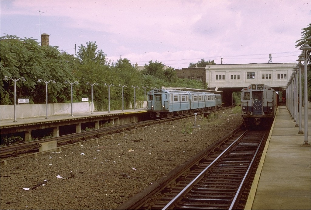 (231k, 1024x690)<br><b>Country:</b> United States<br><b>City:</b> New York<br><b>System:</b> New York City Transit<br><b>Line:</b> IRT Dyre Ave. Line<br><b>Location:</b> Gun Hill Road <br><b>Route:</b> Fan Trip<br><b>Car:</b> R-33 World's Fair (St. Louis, 1963-64) 9327 <br><b>Photo by:</b> Joe Testagrose<br><b>Date:</b> 9/21/1971<br><b>Viewed (this week/total):</b> 3 / 3728