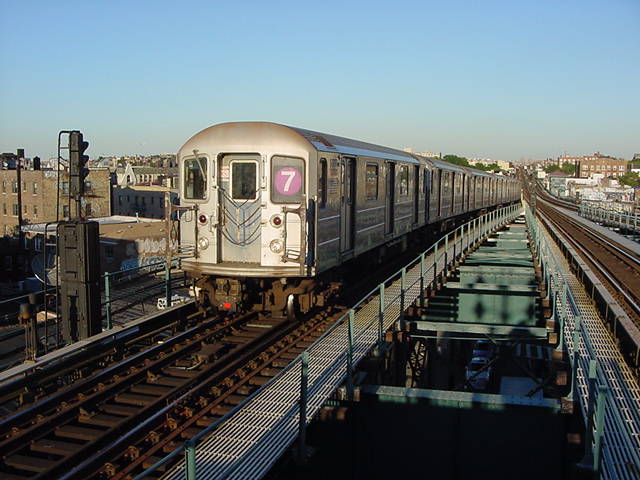 (60k, 640x480)<br><b>Country:</b> United States<br><b>City:</b> New York<br><b>System:</b> New York City Transit<br><b>Line:</b> IRT Flushing Line<br><b>Location:</b> 61st Street/Woodside <br><b>Route:</b> 7<br><b>Car:</b> R-62A (Bombardier, 1984-1987)   <br><b>Photo by:</b> Salaam Allah<br><b>Date:</b> 9/18/2002<br><b>Viewed (this week/total):</b> 0 / 2408