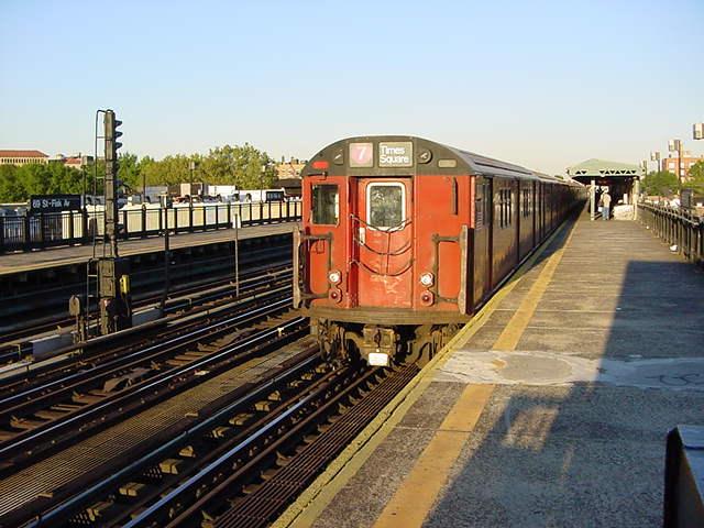 (60k, 640x480)<br><b>Country:</b> United States<br><b>City:</b> New York<br><b>System:</b> New York City Transit<br><b>Line:</b> IRT Flushing Line<br><b>Location:</b> 69th Street/Fisk Avenue <br><b>Route:</b> 7<br><b>Car:</b> R-36 World's Fair (St. Louis, 1963-64)  <br><b>Photo by:</b> Salaam Allah<br><b>Date:</b> 9/18/2002<br><b>Viewed (this week/total):</b> 2 / 2381