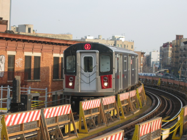(113k, 640x480)<br><b>Country:</b> United States<br><b>City:</b> New York<br><b>System:</b> New York City Transit<br><b>Line:</b> IRT White Plains Road Line<br><b>Location:</b> Simpson Street <br><b>Route:</b> 2<br><b>Car:</b> R-142 (Primary Order, Bombardier, 1999-2002)  6630 <br><b>Photo by:</b> Oren H.<br><b>Date:</b> 11/29/2002<br><b>Viewed (this week/total):</b> 0 / 4442