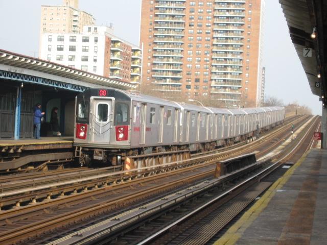 (131k, 640x480)<br><b>Country:</b> United States<br><b>City:</b> New York<br><b>System:</b> New York City Transit<br><b>Line:</b> IRT White Plains Road Line<br><b>Location:</b> Pelham Parkway <br><b>Route:</b> 2<br><b>Car:</b> R-142 (Primary Order, Bombardier, 1999-2002)  6335 <br><b>Photo by:</b> Oren H.<br><b>Date:</b> 11/29/2002<br><b>Viewed (this week/total):</b> 1 / 5516