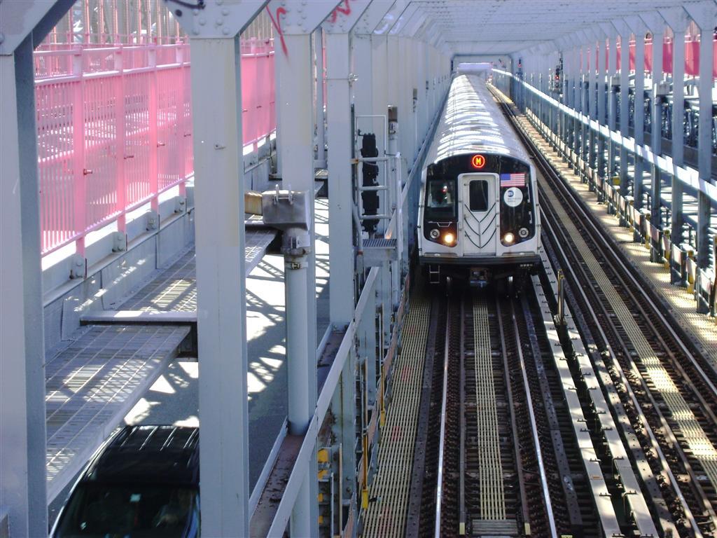 (148k, 1024x768)<br><b>Country:</b> United States<br><b>City:</b> New York<br><b>System:</b> New York City Transit<br><b>Line:</b> BMT Nassau Street/Jamaica Line<br><b>Location:</b> Williamsburg Bridge<br><b>Route:</b> Z<br><b>Car:</b> R-160A-1 (Alstom, 2005-2008, 4 car sets)   <br><b>Photo by:</b> Emmanuel Robinson<br><b>Date:</b> 8/7/2009<br><b>Viewed (this week/total):</b> 0 / 1305