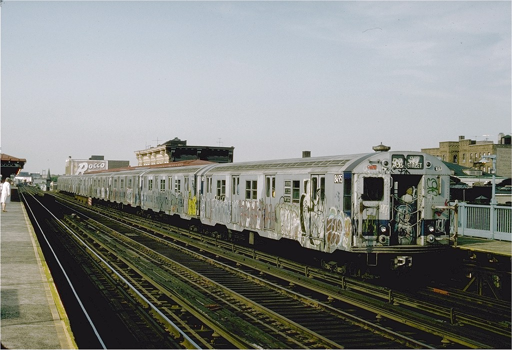 (232k, 1024x701)<br><b>Country:</b> United States<br><b>City:</b> New York<br><b>System:</b> New York City Transit<br><b>Line:</b> BMT Astoria Line<br><b>Location:</b> Broadway <br><b>Route:</b> RR<br><b>Car:</b> R-30 (St. Louis, 1961) 8495 <br><b>Photo by:</b> Ed McKernan<br><b>Collection of:</b> Joe Testagrose<br><b>Date:</b> 6/1976<br><b>Viewed (this week/total):</b> 1 / 3388