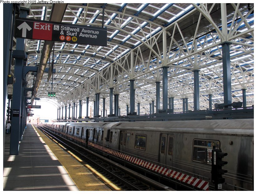 (157k, 820x620)<br><b>Country:</b> United States<br><b>City:</b> New York<br><b>System:</b> New York City Transit<br><b>Location:</b> Coney Island/Stillwell Avenue<br><b>Route:</b> F<br><b>Car:</b> R-46 (Pullman-Standard, 1974-75) 5666 <br><b>Photo by:</b> Jeffrey Ornstein<br><b>Date:</b> 7/23/2005<br><b>Viewed (this week/total):</b> 0 / 4645