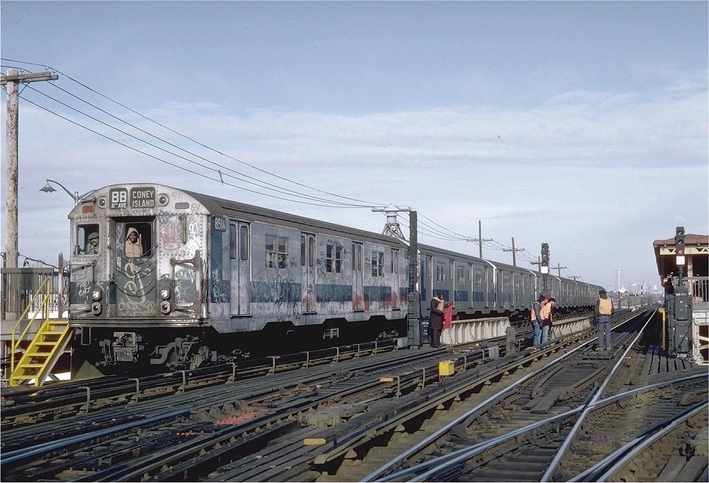 (239k, 1024x697)<br><b>Country:</b> United States<br><b>City:</b> New York<br><b>System:</b> New York City Transit<br><b>Line:</b> BMT West End Line<br><b>Location:</b> Bay 50th Street <br><b>Route:</b> B<br><b>Car:</b> R-30 (St. Louis, 1961) 8514 <br><b>Photo by:</b> Steve Zabel<br><b>Collection of:</b> Joe Testagrose<br><b>Date:</b> 12/11/1981<br><b>Viewed (this week/total):</b> 1 / 3839