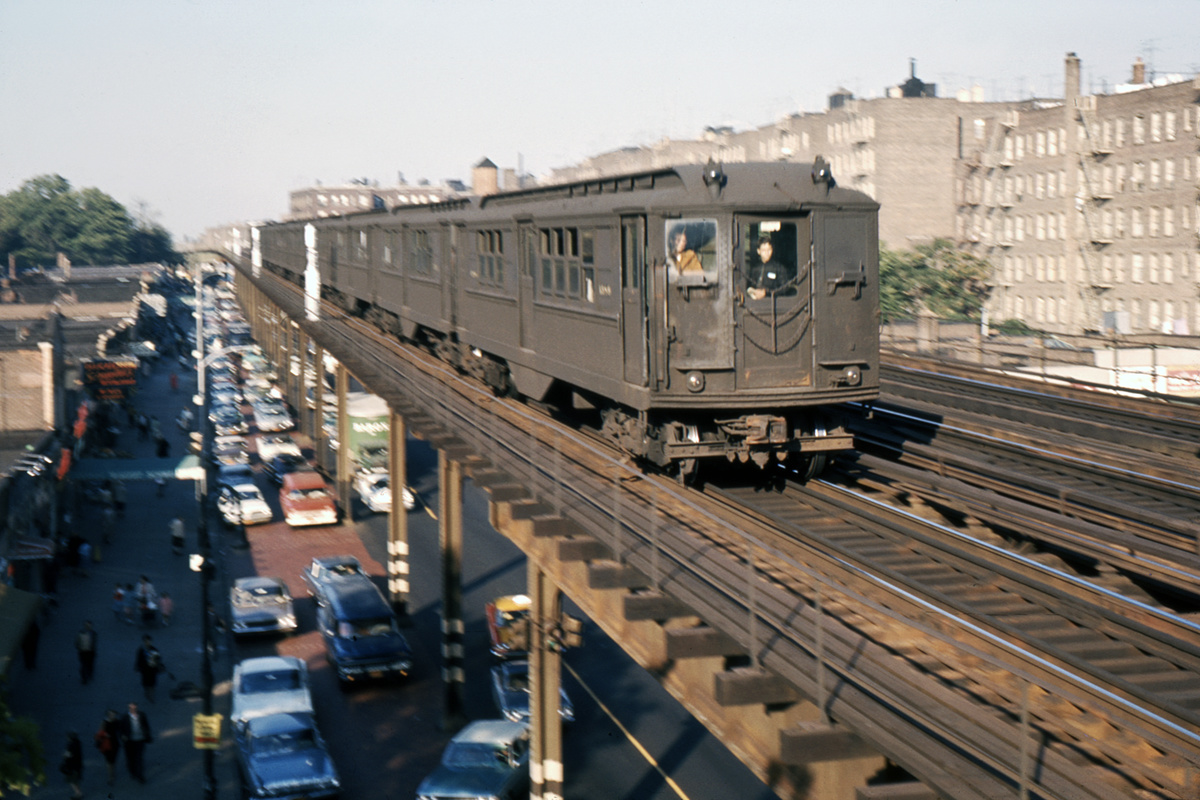 (341k, 1024x683)<br><b>Country:</b> United States<br><b>City:</b> New York<br><b>System:</b> New York City Transit<br><b>Line:</b> IRT Woodlawn Line<br><b>Location:</b> Mosholu Parkway <br><b>Car:</b> Low-V  <br><b>Photo by:</b> Ed Davis, Sr.<br><b>Collection of:</b> David Pirmann<br><b>Date:</b> 1964<br><b>Viewed (this week/total):</b> 1 / 5821