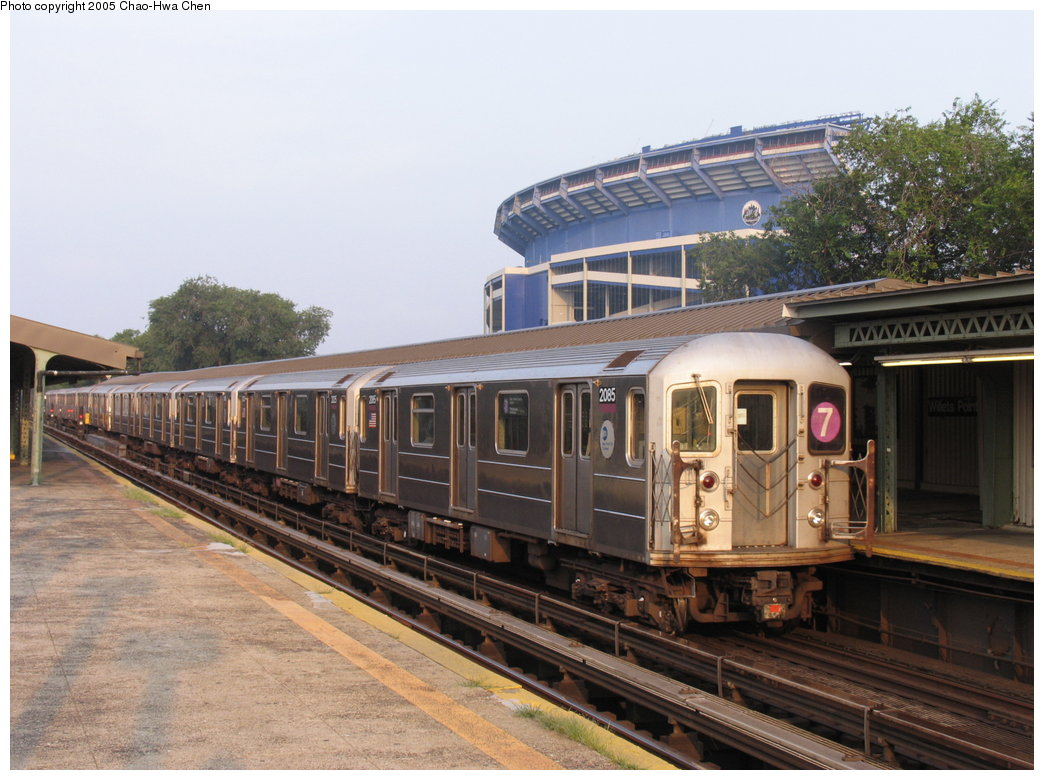 (177k, 1044x780)<br><b>Country:</b> United States<br><b>City:</b> New York<br><b>System:</b> New York City Transit<br><b>Line:</b> IRT Flushing Line<br><b>Location:</b> Willets Point/Mets (fmr. Shea Stadium) <br><b>Route:</b> 7<br><b>Car:</b> R-62A (Bombardier, 1984-1987)  2085 <br><b>Photo by:</b> Chao-Hwa Chen<br><b>Date:</b> 7/31/2005<br><b>Viewed (this week/total):</b> 0 / 2373