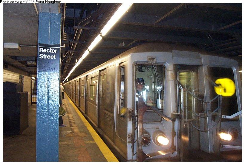 (107k, 820x553)<br><b>Country:</b> United States<br><b>City:</b> New York<br><b>System:</b> New York City Transit<br><b>Line:</b> BMT Broadway Line<br><b>Location:</b> Rector Street <br><b>Car:</b> R-40 (St. Louis, 1968)   <br><b>Photo by:</b> Peter Naughton<br><b>Date:</b> 5/28/2002<br><b>Viewed (this week/total):</b> 5 / 5166