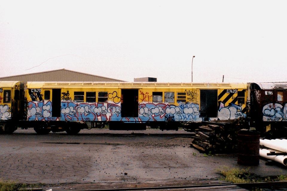 (106k, 960x640)<br><b>Country:</b> United States<br><b>City:</b> New York<br><b>System:</b> New York City Transit<br><b>Line:</b> South Brooklyn Railway<br><b>Location:</b> SBK Yard (2nd Ave at 38th St.) (SBK)<br><b>Car:</b> Garbage Motor (R-21/R-22 Rebuilds)  G7420 <br><b>Photo by:</b> Michael Pompili<br><b>Date:</b> 6/2003<br><b>Viewed (this week/total):</b> 1 / 3398