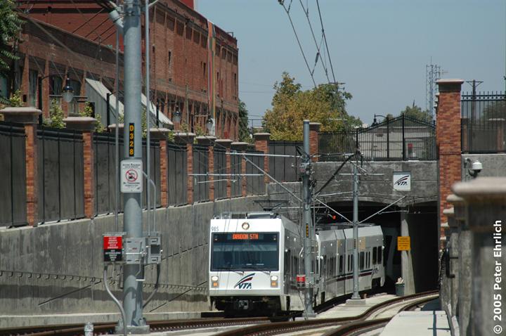 (162k, 720x478)<br><b>Country:</b> United States<br><b>City:</b> San Jose, CA<br><b>System:</b> Santa Clara VTA<br><b>Line:</b> VTA Vasona Line<br><b>Location:</b> Diridon Tunnel <br><b>Car:</b> VTA Kinki-Sharyo 985 <br><b>Photo by:</b> Peter Ehrlich<br><b>Date:</b> 7/30/2005<br><b>Notes:</b> Train climbing the ramp from the west portal of Diridon Station Tunnel, approaching San Jose Diridon Station outbound.<br><b>Viewed (this week/total):</b> 2 / 2218