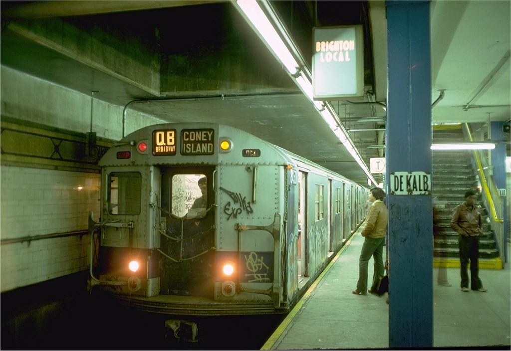 (168k, 1024x704)<br><b>Country:</b> United States<br><b>City:</b> New York<br><b>System:</b> New York City Transit<br><b>Location:</b> DeKalb Avenue<br><b>Route:</b> QB<br><b>Car:</b> R-30 (St. Louis, 1961) 8450 <br><b>Photo by:</b> Doug Grotjahn<br><b>Collection of:</b> Joe Testagrose<br><b>Date:</b> 10/11/1976<br><b>Viewed (this week/total):</b> 3 / 4416