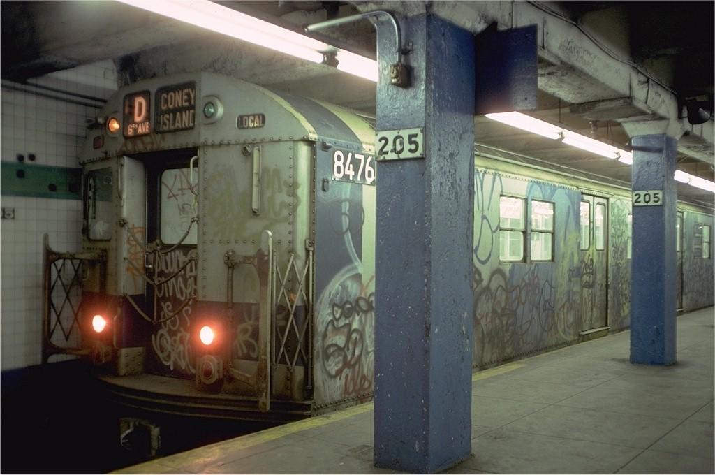 (166k, 1024x680)<br><b>Country:</b> United States<br><b>City:</b> New York<br><b>System:</b> New York City Transit<br><b>Line:</b> IND Concourse Line<br><b>Location:</b> 205th Street <br><b>Route:</b> D<br><b>Car:</b> R-30 (St. Louis, 1961) 8476 <br><b>Photo by:</b> Doug Grotjahn<br><b>Collection of:</b> Joe Testagrose<br><b>Date:</b> 2/11/1978<br><b>Viewed (this week/total):</b> 1 / 4342