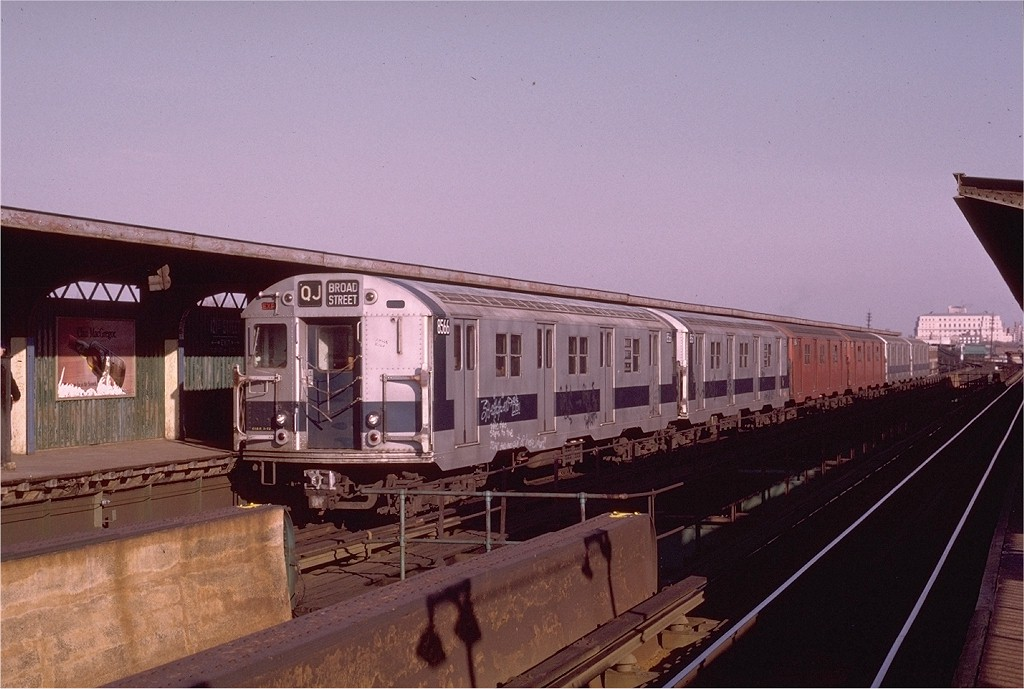 (174k, 1024x689)<br><b>Country:</b> United States<br><b>City:</b> New York<br><b>System:</b> New York City Transit<br><b>Line:</b> BMT Nassau Street/Jamaica Line<br><b>Location:</b> 121st Street <br><b>Route:</b> QJ<br><b>Car:</b> R-30 (St. Louis, 1961) 8566 <br><b>Photo by:</b> Joe Testagrose<br><b>Date:</b> 12/3/1972<br><b>Viewed (this week/total):</b> 4 / 3332