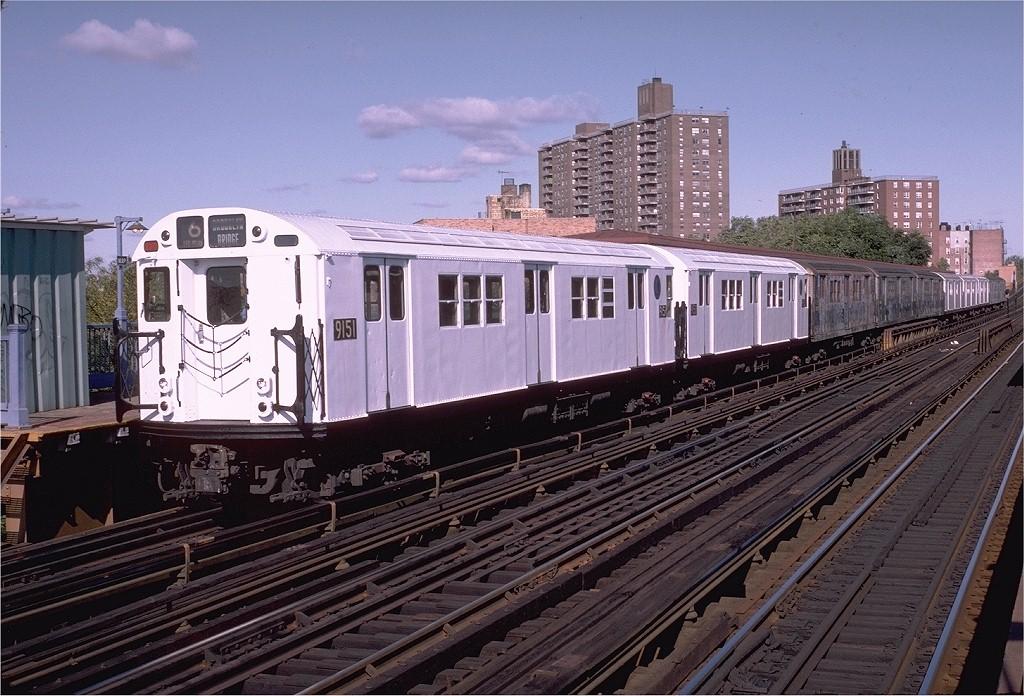 (231k, 1024x696)<br><b>Country:</b> United States<br><b>City:</b> New York<br><b>System:</b> New York City Transit<br><b>Line:</b> IRT Pelham Line<br><b>Location:</b> Middletown Road <br><b>Route:</b> 6<br><b>Car:</b> R-33 Main Line (St. Louis, 1962-63) 9151 <br><b>Photo by:</b> Doug Grotjahn<br><b>Collection of:</b> Joe Testagrose<br><b>Date:</b> 10/17/1982<br><b>Viewed (this week/total):</b> 2 / 3238