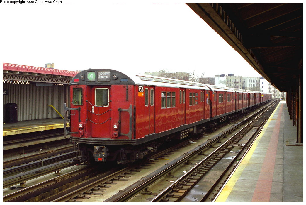 (166k, 1044x702)<br><b>Country:</b> United States<br><b>City:</b> New York<br><b>System:</b> New York City Transit<br><b>Line:</b> IRT Woodlawn Line<br><b>Location:</b> Bedford Park Boulevard <br><b>Route:</b> 4<br><b>Car:</b> R-33 Main Line (St. Louis, 1962-63) 9276 <br><b>Photo by:</b> Chao-Hwa Chen<br><b>Date:</b> 3/20/1998<br><b>Viewed (this week/total):</b> 2 / 3737