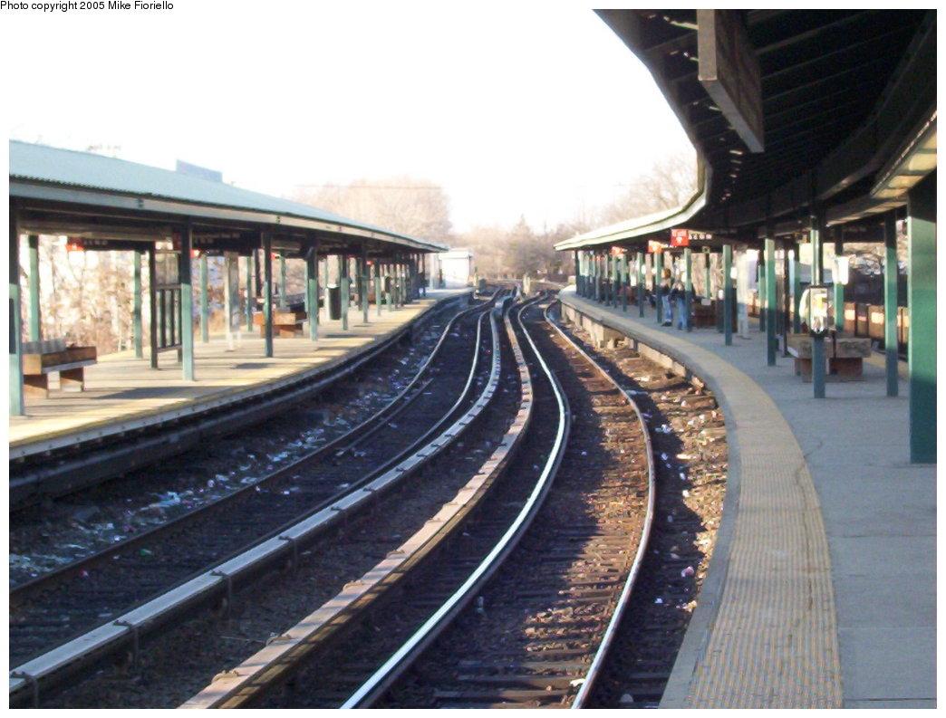 (172k, 1044x793)<br><b>Country:</b> United States<br><b>City:</b> New York<br><b>System:</b> New York City Transit<br><b>Line:</b> BMT Brighton Line<br><b>Location:</b> Sheepshead Bay <br><b>Photo by:</b> Mike Fioriello<br><b>Date:</b> 3/13/2005<br><b>Viewed (this week/total):</b> 2 / 2909