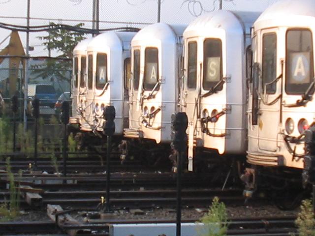 (111k, 640x480)<br><b>Country:</b> United States<br><b>City:</b> New York<br><b>System:</b> New York City Transit<br><b>Location:</b> Rockaway Park Yard<br><b>Car:</b> R-44 (St. Louis, 1971-73)  <br><b>Photo by:</b> Daniel Borde<br><b>Date:</b> 8/20/2005<br><b>Viewed (this week/total):</b> 0 / 3970