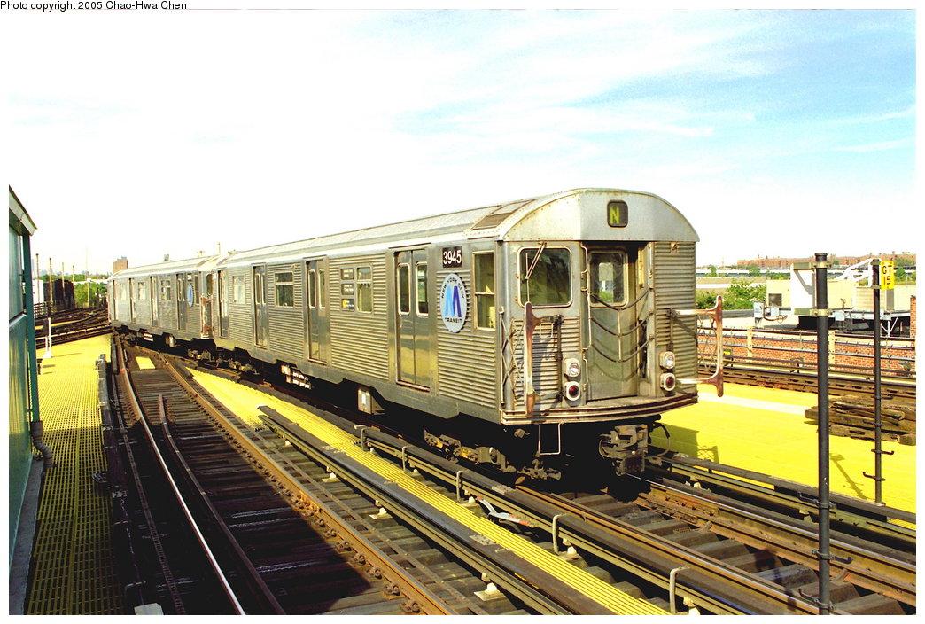 (198k, 1044x704)<br><b>Country:</b> United States<br><b>City:</b> New York<br><b>System:</b> New York City Transit<br><b>Location:</b> Coney Island/Stillwell Avenue<br><b>Route:</b> N<br><b>Car:</b> R-32 (Budd, 1964)  3945 <br><b>Photo by:</b> Chao-Hwa Chen<br><b>Date:</b> 10/2/1997<br><b>Viewed (this week/total):</b> 1 / 5299