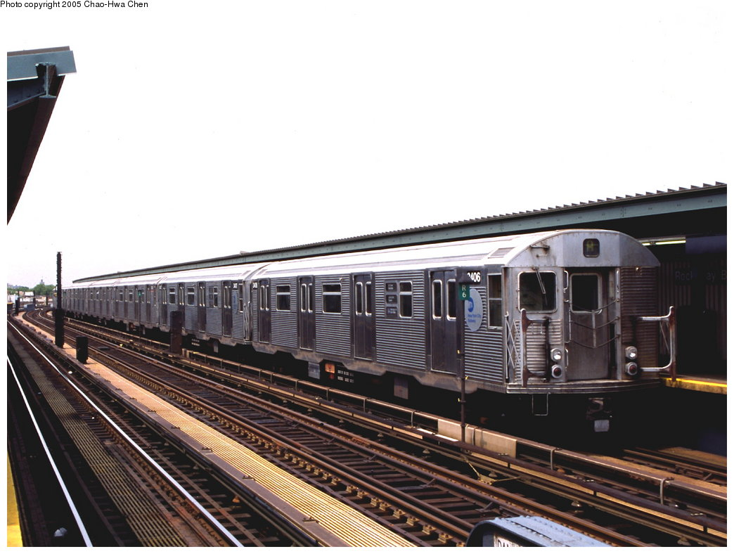 (156k, 1044x788)<br><b>Country:</b> United States<br><b>City:</b> New York<br><b>System:</b> New York City Transit<br><b>Line:</b> IND Fulton Street Line<br><b>Location:</b> Rockaway Boulevard <br><b>Route:</b> A<br><b>Car:</b> R-32 (Budd, 1964)  3406 <br><b>Photo by:</b> Chao-Hwa Chen<br><b>Date:</b> 6/30/1999<br><b>Viewed (this week/total):</b> 4 / 2989