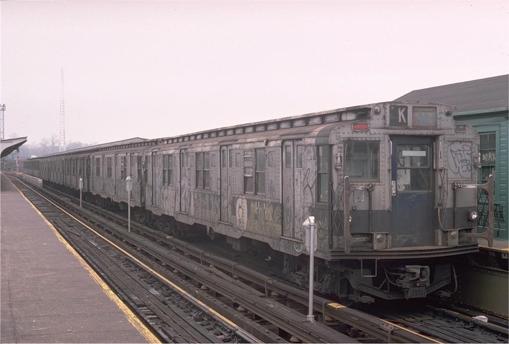 (160k, 1024x693)<br><b>Country:</b> United States<br><b>City:</b> New York<br><b>System:</b> New York City Transit<br><b>Line:</b> BMT Canarsie Line<br><b>Location:</b> Atlantic Avenue <br><b>Route:</b> LL<br><b>Car:</b> R-1/R-9 Series   <br><b>Photo by:</b> Ed McKernan<br><b>Collection of:</b> Joe Testagrose<br><b>Date:</b> 12/14/1975<br><b>Viewed (this week/total):</b> 3 / 2904