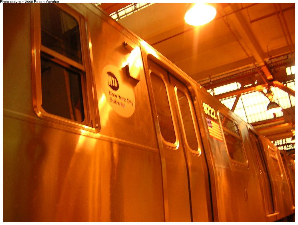 (172k, 1044x788)<br><b>Country:</b> United States<br><b>City:</b> New York<br><b>System:</b> New York City Transit<br><b>Location:</b> Coney Island Shop/Overhaul & Repair Shop<br><b>Car:</b> R-160B (Kawasaki, 2005-2008)  8722 <br><b>Photo by:</b> Robert Mencher<br><b>Date:</b> 8/29/2005<br><b>Viewed (this week/total):</b> 1 / 4607