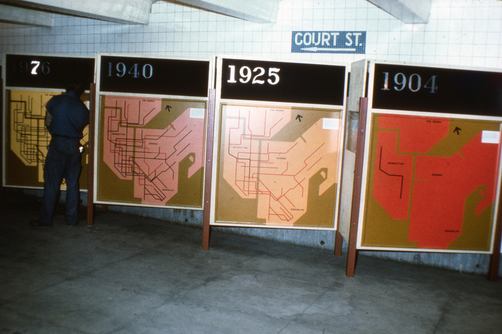 (305k, 1024x682)<br><b>Country:</b> United States<br><b>City:</b> New York<br><b>System:</b> New York City Transit<br><b>Location:</b> New York Transit Museum<br><b>Photo by:</b> Steve Zabel<br><b>Collection of:</b> David Pirmann<br><b>Date:</b> 1976<br><b>Viewed (this week/total):</b> 0 / 4173