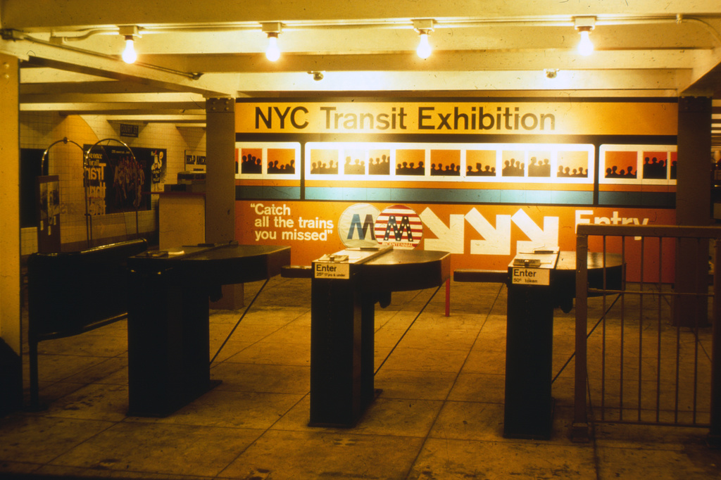 (334k, 1024x682)<br><b>Country:</b> United States<br><b>City:</b> New York<br><b>System:</b> New York City Transit<br><b>Location:</b> New York Transit Museum<br><b>Photo by:</b> Steve Zabel<br><b>Collection of:</b> David Pirmann<br><b>Date:</b> 1976<br><b>Viewed (this week/total):</b> 1 / 3681