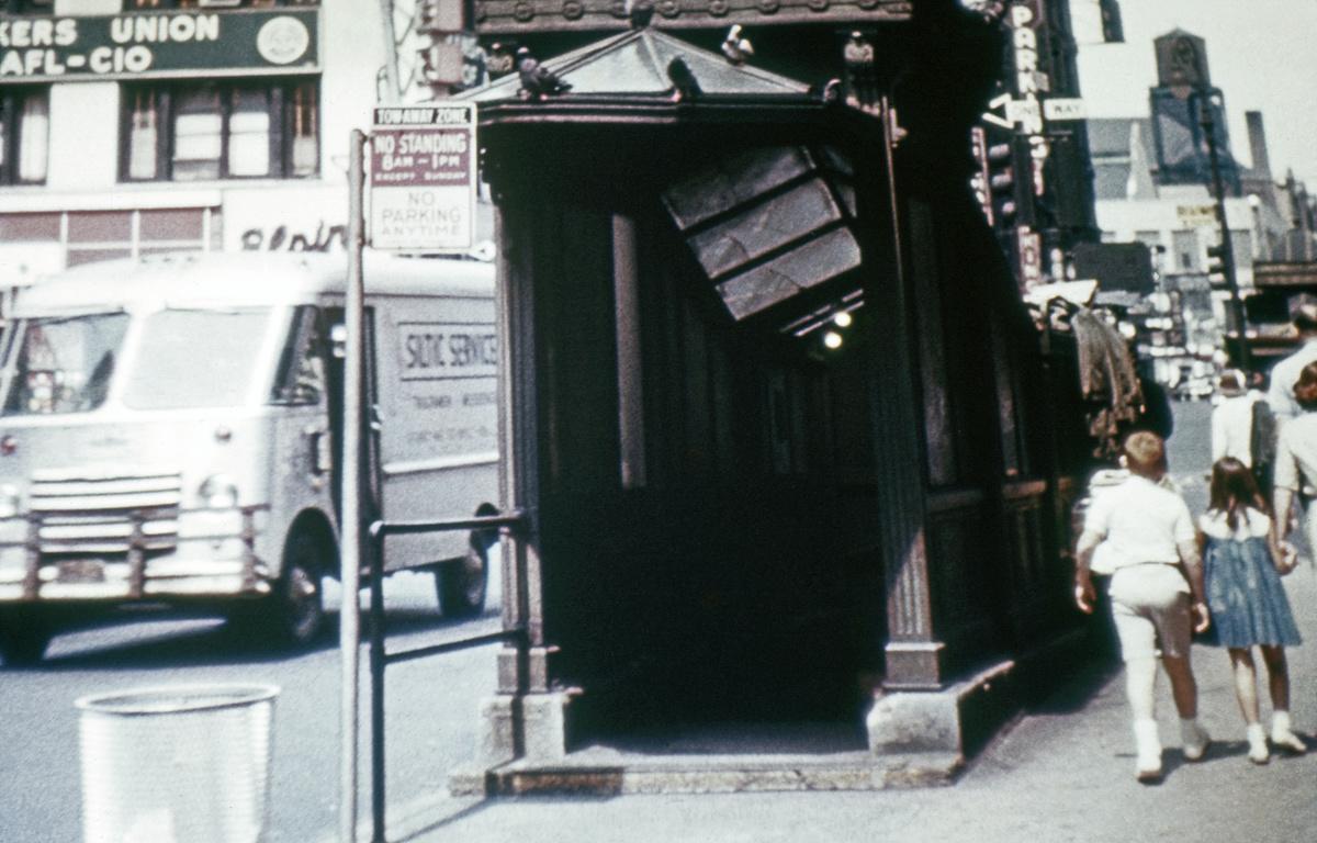 (258k, 1044x713)<br><b>Country:</b> United States<br><b>City:</b> New York<br><b>System:</b> New York City Transit<br><b>Line:</b> IRT West Side Line<br><b>Location:</b> 50th Street <br><b>Photo by:</b> Franklin B. Roberts<br><b>Collection of:</b> David Pirmann<br><b>Viewed (this week/total):</b> 0 / 3199