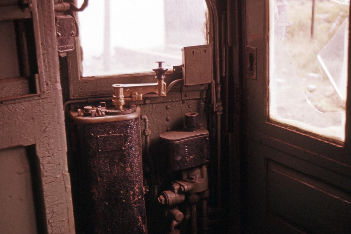 (292k, 1024x682)<br><b>Country:</b> United States<br><b>City:</b> East Haven/Branford, Ct.<br><b>System:</b> Shore Line Trolley Museum <br><b>Car:</b> Hi-V 3662 <br><b>Photo by:</b> Ed Davis, Sr.<br><b>Collection of:</b> David Pirmann<br><b>Viewed (this week/total):</b> 0 / 2257