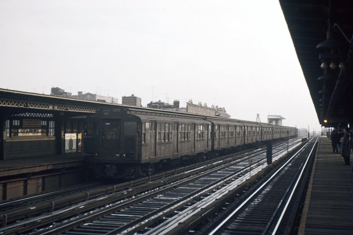 (333k, 1044x706)<br><b>Country:</b> United States<br><b>City:</b> New York<br><b>System:</b> New York City Transit<br><b>Line:</b> BMT Culver Line<br><b>Location:</b> Ditmas Avenue <br><b>Car:</b> R-6-2 (Pullman, 1936)  1212 <br><b>Photo by:</b> Ed Davis, Sr.<br><b>Collection of:</b> David Pirmann<br><b>Date:</b> 2/1961<br><b>Viewed (this week/total):</b> 1 / 3141