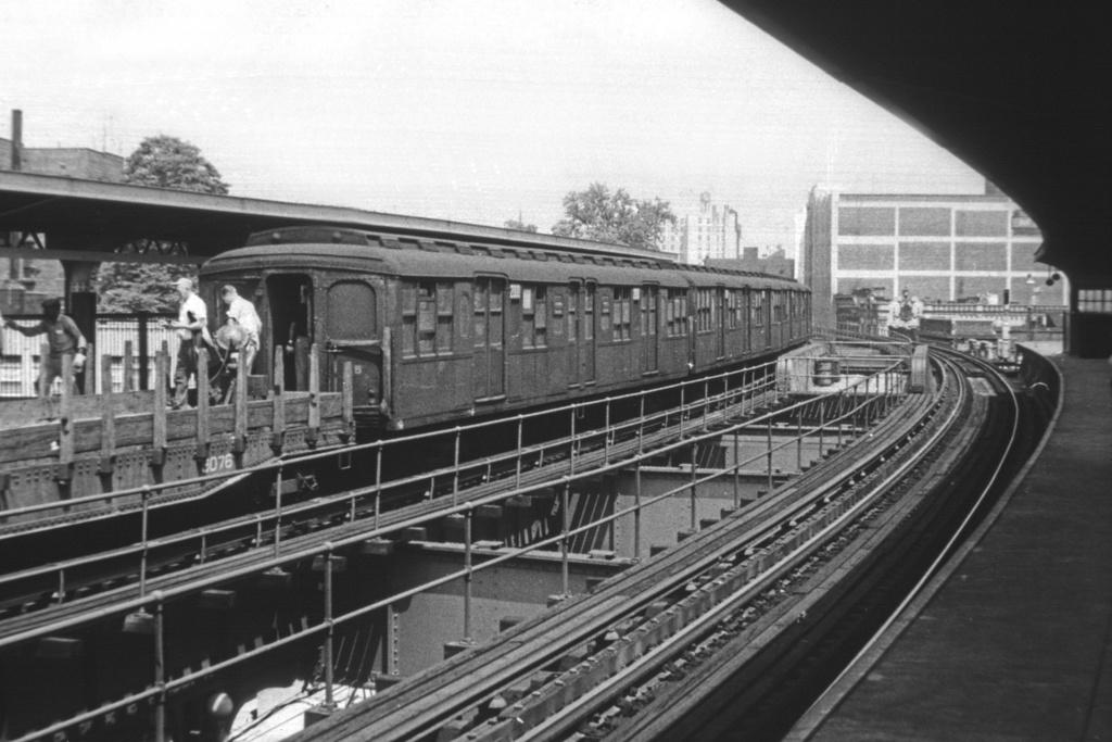 (231k, 1024x683)<br><b>Country:</b> United States<br><b>City:</b> New York<br><b>System:</b> New York City Transit<br><b>Line:</b> BMT Nassau Street/Jamaica Line<br><b>Location:</b> Sutphin Boulevard (Demolished) <br><b>Route:</b> Work Service<br><b>Car:</b> BMT A/B-Type Standard 2000 <br><b>Collection of:</b> David Pirmann<br><b>Viewed (this week/total):</b> 4 / 3065