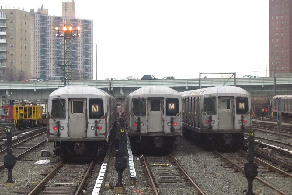 (98k, 960x640)<br><b>Country:</b> United States<br><b>City:</b> New York<br><b>System:</b> New York City Transit<br><b>Location:</b> Coney Island Yard<br><b>Car:</b> R-42 (St. Louis, 1969-1970)  4653 <br><b>Photo by:</b> Michael Pompili<br><b>Date:</b> 4/3/2004<br><b>Viewed (this week/total):</b> 0 / 3050